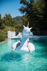 Pool ist Badespaß pur für Kids